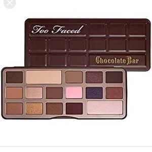 •MAKE OFFER• LIKE NEW TOO FACES CHOCOLATE BAR